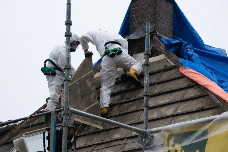 Sanering dakbeschot