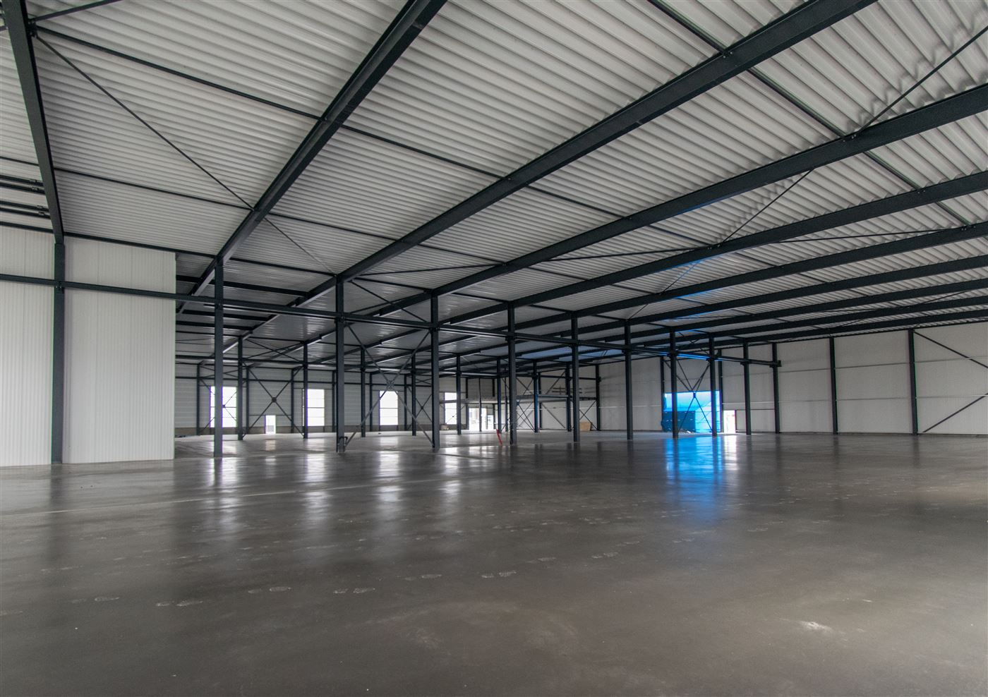 bedrijfspand betonvloer