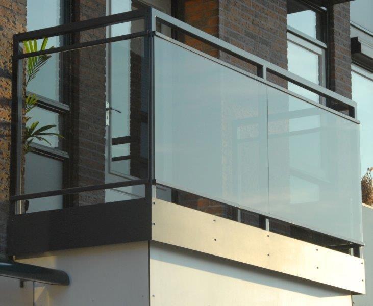 hekwerk staal balkon